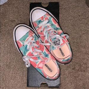 EUC, girls watermelon Converse